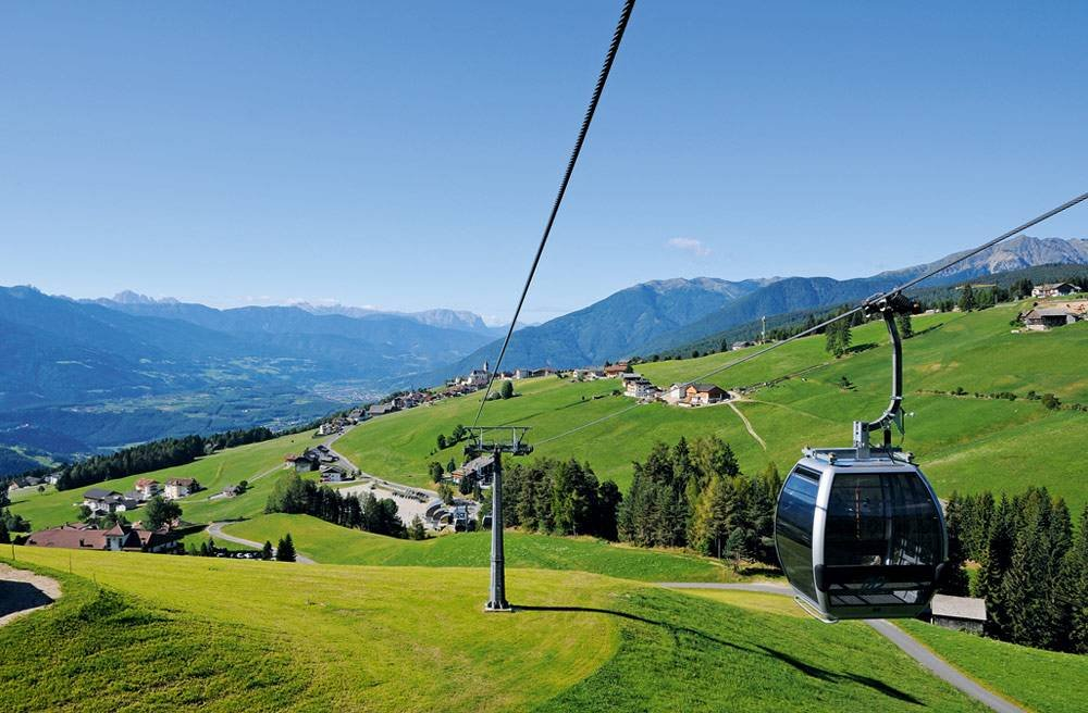 Holidays in Maranza: a mountain vacation in alpine scenery in South Tyrol