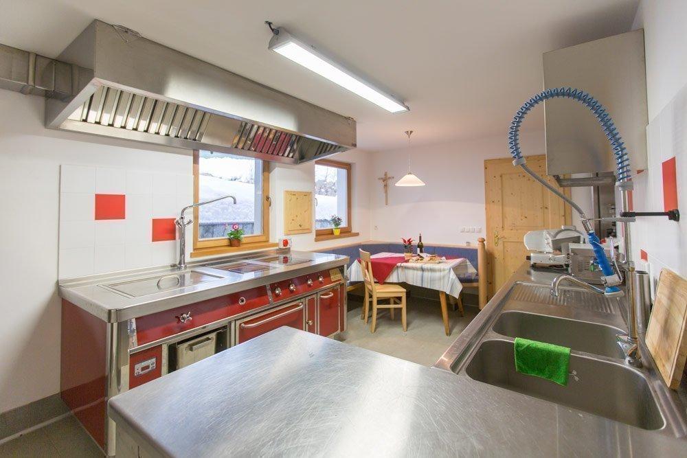 Großküche im Parterre