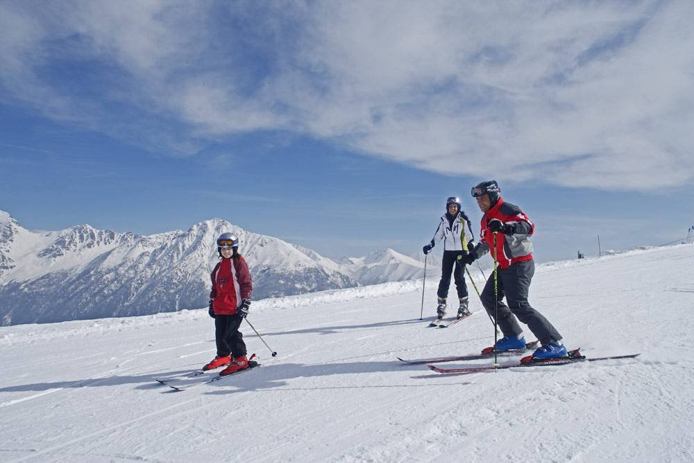 Ski holidays in South Tyrol: downhill fun in the Dolomites